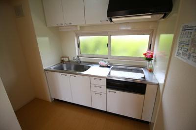 【キッチン】ガーデンコート車 A棟