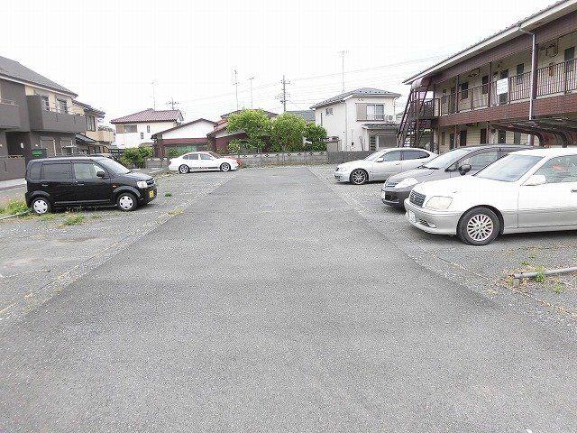 【駐車場】みどりマンション