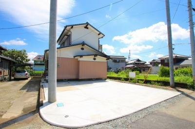 リフォーム済【倉庫解体・駐車スペース新設】