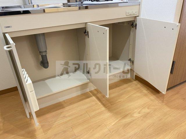 クレパレス1 洋室