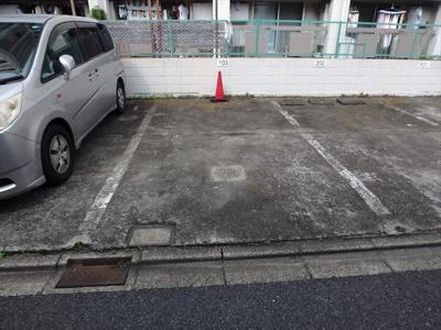 駐車場1台つき!