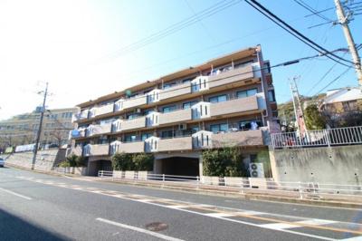 JR元町駅より徒歩13分! 駐車場権利付き!