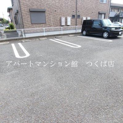 【駐車場】K・SハイツC棟