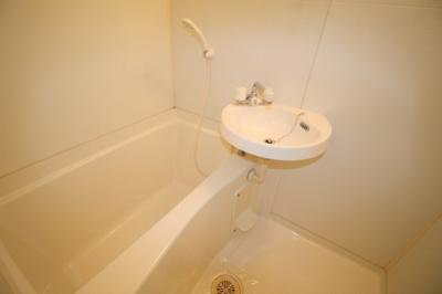 【浴室】リアライズ服部