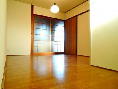 【洋室】三和マンション
