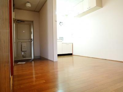 【居間・リビング】三和マンション