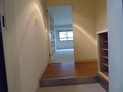 玄関から見たお部屋です※写真は203号室になります