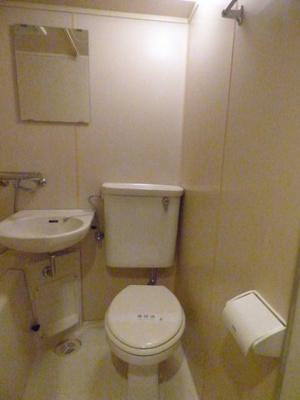 シンプルで使いやすいトイレです※写真は203号室になります