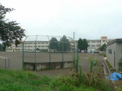 千城台北小学校目の前です お子様の通学も安心です