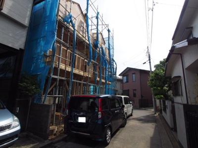 【前面道路含む現地写真】保土ヶ谷区上星川3丁目全2棟 新築戸建て