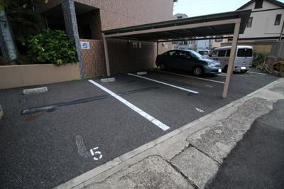 【駐車場】ラ・ウェゾン大石南町