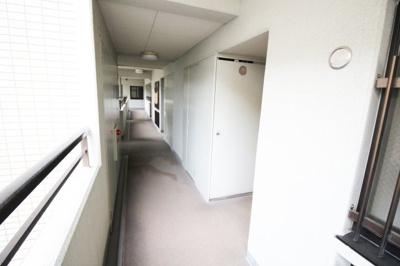 《共有廊下》