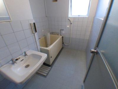 【浴室】ヴィラ香里