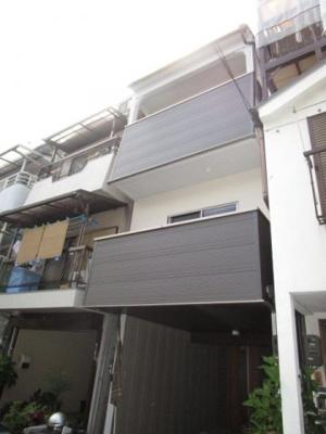 日当たりの良い3階建住宅