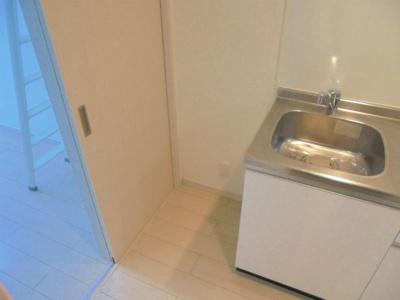 キッチン横 冷蔵庫置場