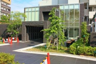 上野芝の落ちつきのあるマンション、クレアコート上野芝です その他売出しのお部屋もご案内させて頂きます。