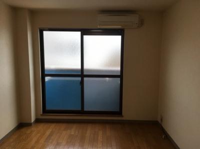 エスパシオ・コモド 301号室