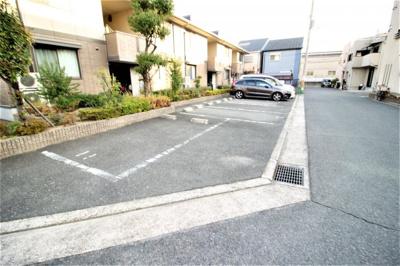 【駐車場】カサグランデ