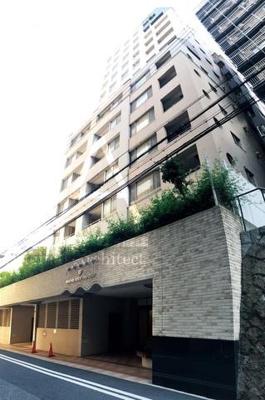 JR三ノ宮駅より徒歩13分! コンシェルジュサービスのあるマンションです。