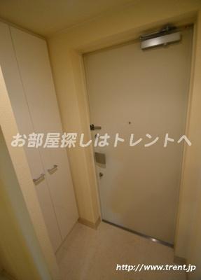 【玄関】プレールドゥーク北新宿Ⅲ