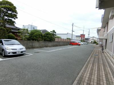 【駐車場】ヴィレッヂローデンⅡ