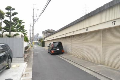中谷倉庫・車庫