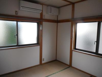 エアコンが付いている和室です。