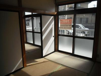 和室が2部屋続きになっています。