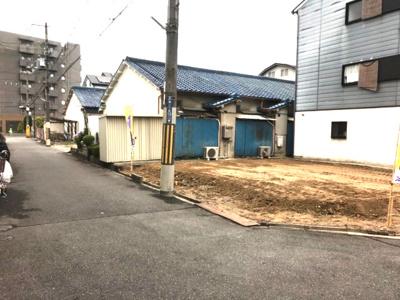 【前面道路含む現地写真】サガミ・タウン灰塚