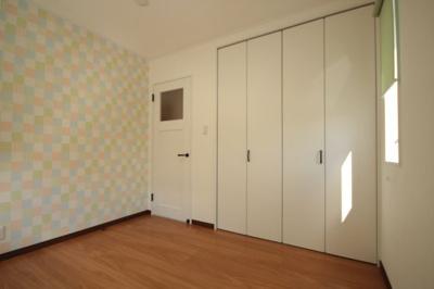 【洋室】米沢市中央7丁目「ママエール・ZEH(ゼロエネルギーハウス)」のモデルハウス
