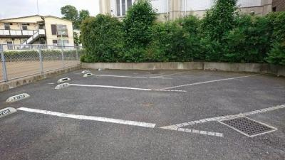 【駐車場】マナーガーデン