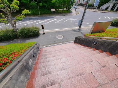 【庭】朱雀医療ビル