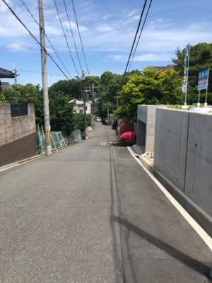 【前面道路含む現地写真】寝屋川市成田西町B号地 売土地