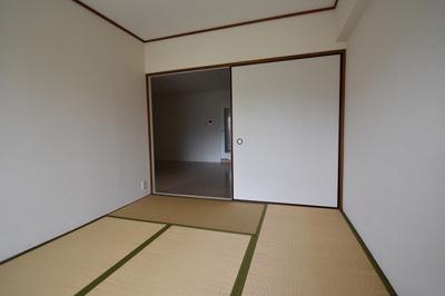 【寝室】ユニハイム高槻 (株)Roots