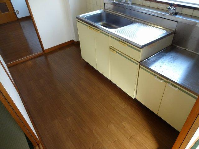 クレセントハイツ西川 キッチン