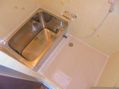 【浴室】中野2丁目貸家