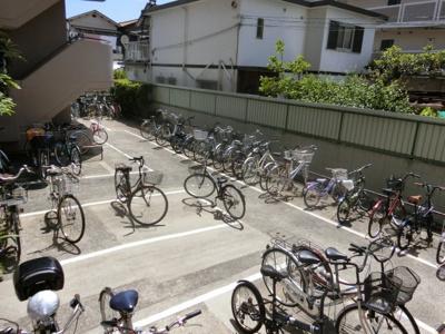 【現地写真】 駐輪場です♪