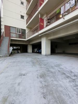 【駐車場】シーアイマンション神奈川