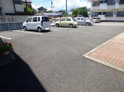 【駐車場】ファミール富士見