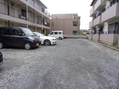 【駐車場】ラグリュー2