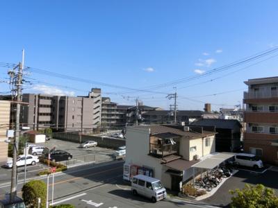 【現地写真】 周りには大きな建物もなく景色も凄くいい眺望♪