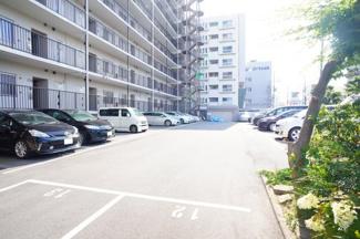 駐車場、空有(使用料10000円/月額)