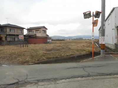 【前面道路含む現地写真】【売地】高積中学校区・56422