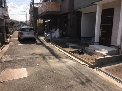 【前面道路含む現地写真】グラッド・タウン五月田