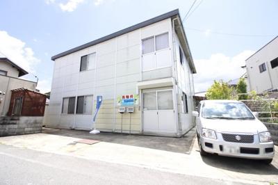 JR関西本線『加茂駅』徒歩11分にある2階建の《売り倉庫》普通車2台+軽自動車の駐車可能。
