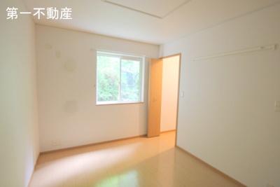 【洋室】ウッズ ・ スクエアー C