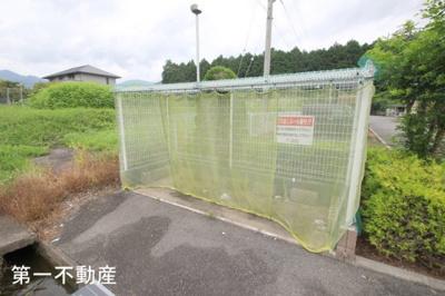 【玄関】ウッズ・スクエアーC