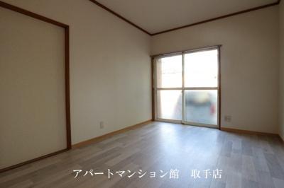 【居間・リビング】サンラフォーレ井野