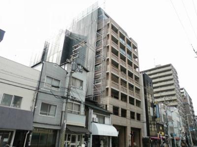 中崎町駅徒歩2分。便利な立地のマンションです。