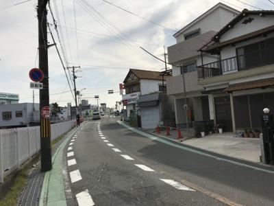 【前面道路含む現地写真】摂津市昭和園新築一戸建て